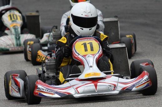 Luca Walter beim ADAC Kartmasters mit Mach1 Kart