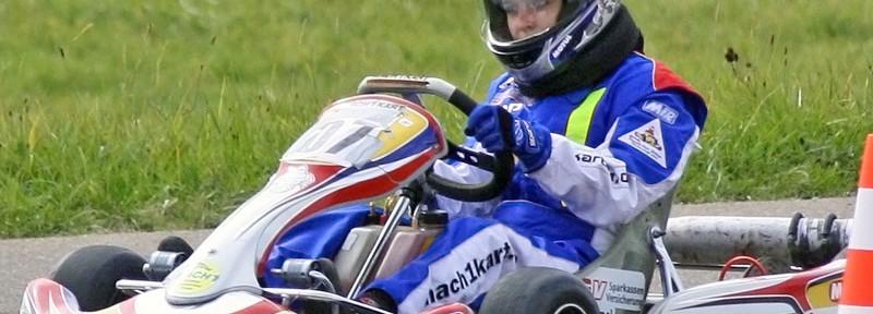 Julia Küster bei den deutschen Amateur Kartslalom Meisterschaften mit Mach1 Kart