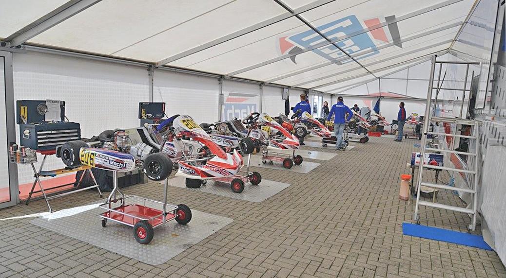 Mach1 Motorsport bei der DMSB Deutschen Schaltkartmeisterschaft in Oschersleben